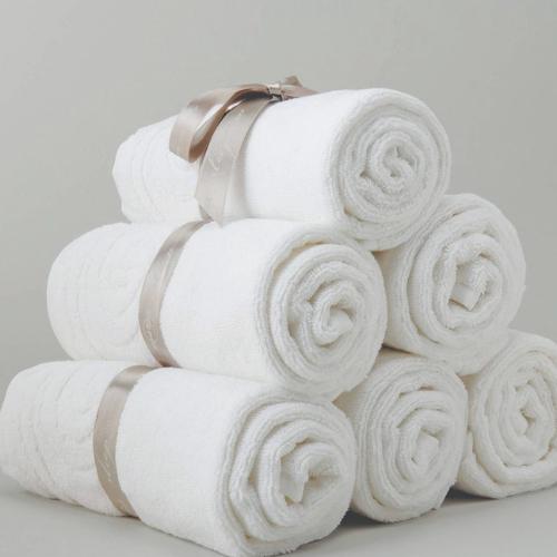 מגבות, חלוקים ושטיחוני אמבטיה